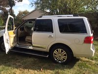 Picture of 2010 Lincoln Navigator Base 4WD, exterior, gallery_worthy