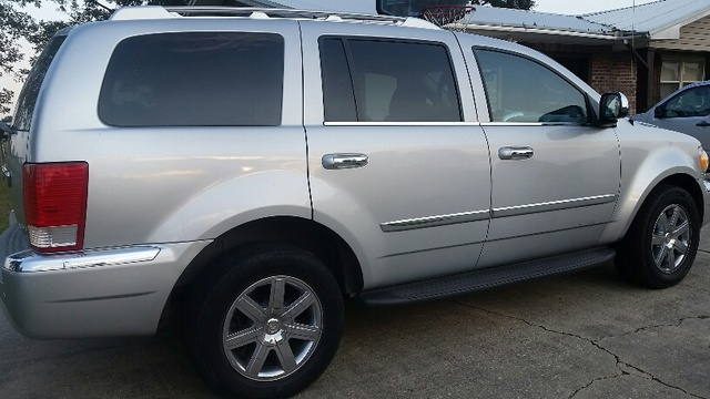Picture of 2009 Chrysler Aspen Limited 4WD