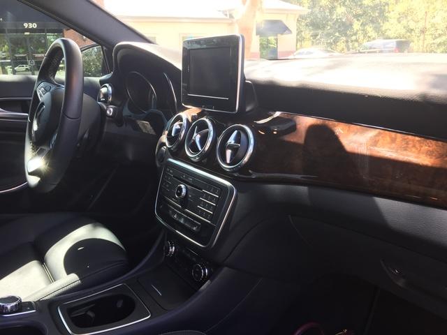 2017 Mercedes-Benz GLA-Class - Interior Pictures - CarGurus