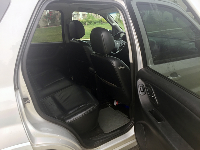 Picture of 2003 Ford Escape Limited FWD, interior, gallery_worthy