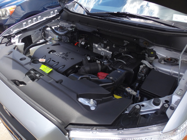 Picture of 2011 Mitsubishi Outlander Sport SE AWD, engine, gallery_worthy