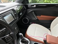 Picture of 2016 Volkswagen Beetle Classic PZEV, interior, gallery_worthy