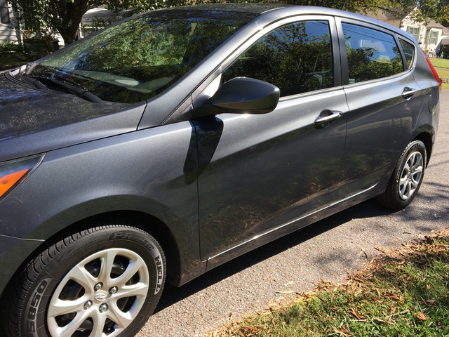 Picture of 2012 Hyundai Accent GS Hatchback
