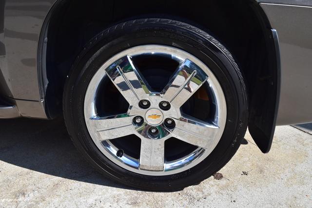 Picture of 2011 Chevrolet HHR LT2