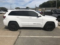 Picture of 2017 Jeep Grand Cherokee Altitude, exterior, gallery_worthy