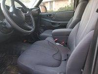 Picture of 2002 GMC Sonoma SL 2WD, interior, gallery_worthy