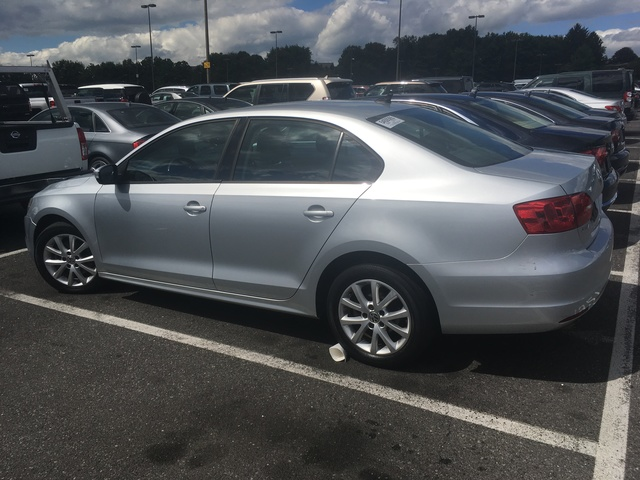 Picture of 2012 Volkswagen Jetta SE