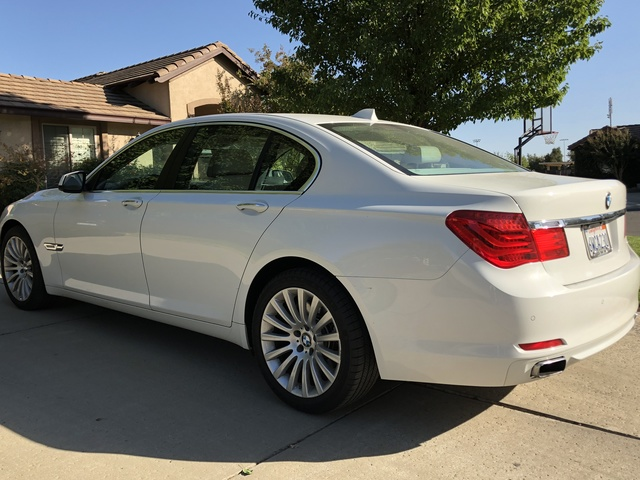 Picture of 2012 BMW 7 Series 750i RWD