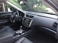 Picture of 2017 Nissan Altima 2.5 SL, interior, gallery_worthy