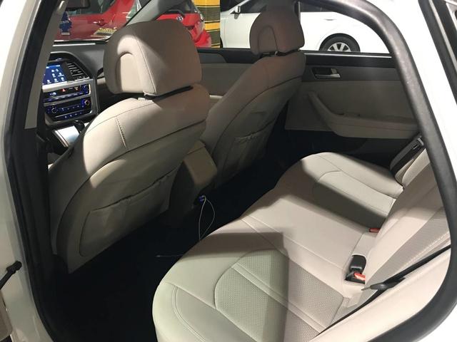 2016 Hyundai Sonata Pictures Cargurus