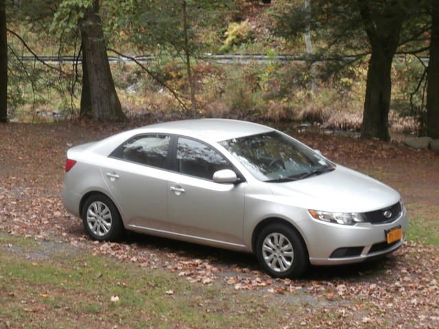 Picture of 2010 Kia Forte LX, exterior, gallery_worthy