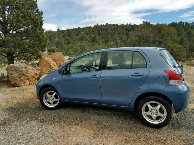 Picture of 2011 Toyota Yaris Hatchback