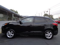 Picture of 2011 Hyundai Tucson GLS, gallery_worthy