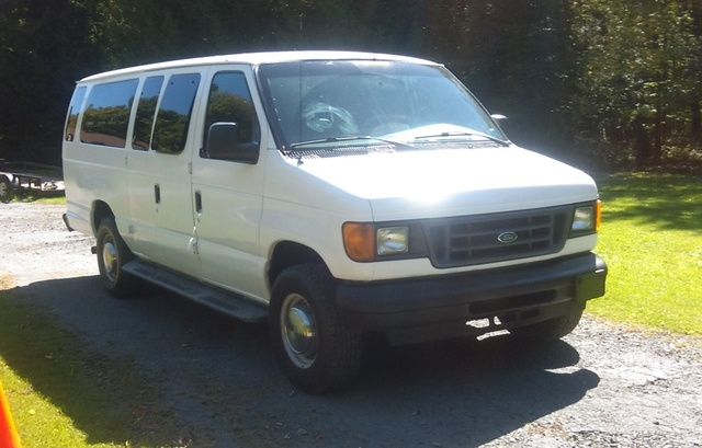 Picture of 2006 Ford E-Series Wagon E-350 Super Duty XLT Ext
