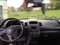 Picture of 2013 Kia Soul Base, interior, gallery_worthy