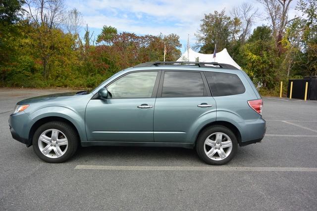 Picture of 2010 Subaru Forester 2.5 X Premium