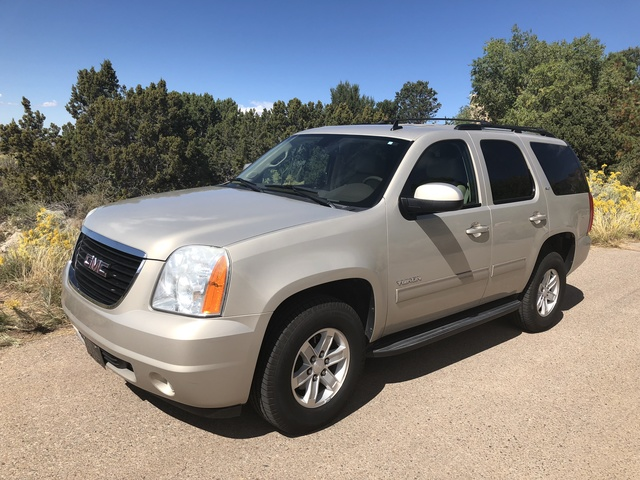 Picture of 2012 GMC Yukon SLT 4WD