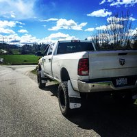 Picture of 2017 Ram 3500 SLT Crew Cab LB 4WD, exterior, gallery_worthy