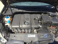 Picture of 2010 Volkswagen Golf 2.5L 2dr, engine, gallery_worthy