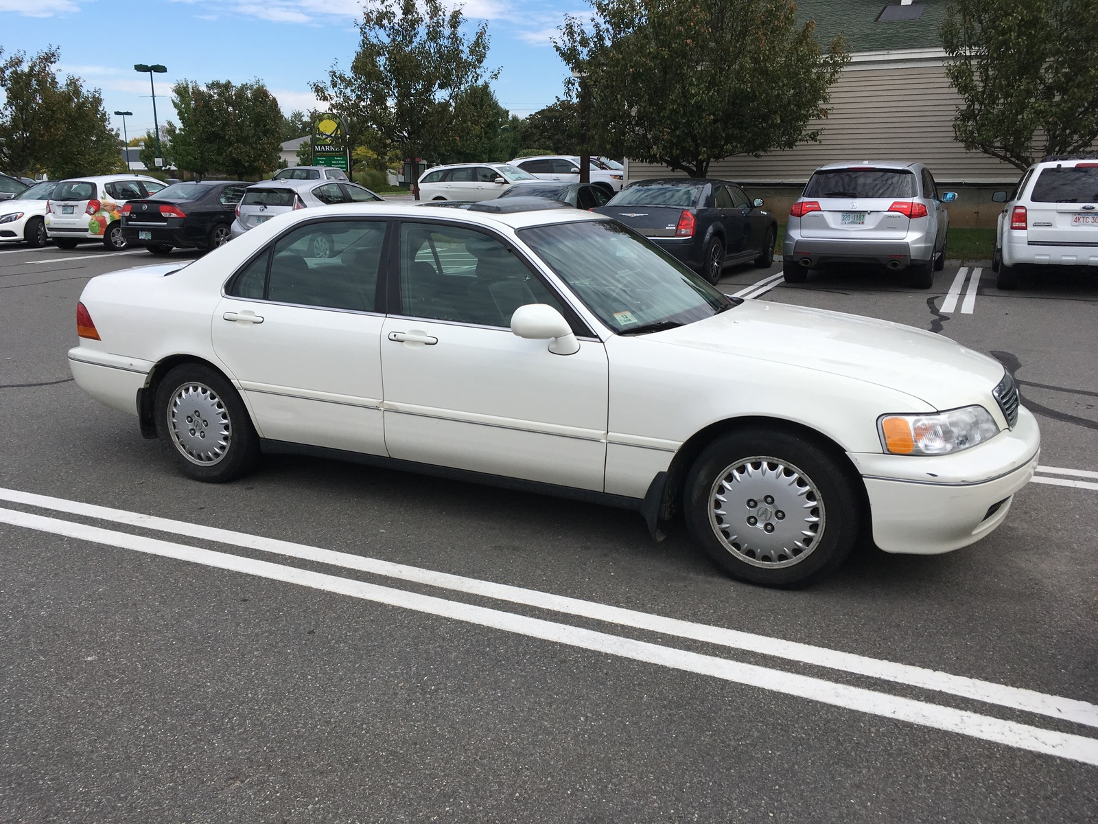 1996 Acura RL Overview
