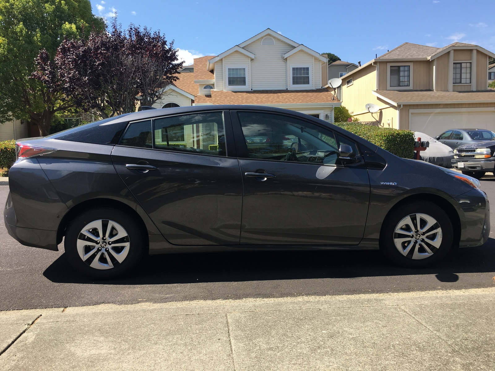 Picture of 2017 Toyota Prius Two