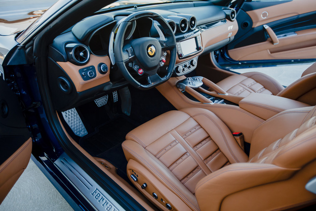 Picture of 2015 Ferrari FF GT AWD, interior, gallery_worthy