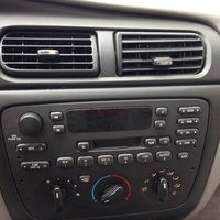 Picture of 2000 Ford Taurus SE, interior, gallery_worthy