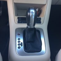 Picture of 2011 Volkswagen Tiguan SE w/ Sunroof and Navigation, interior, gallery_worthy