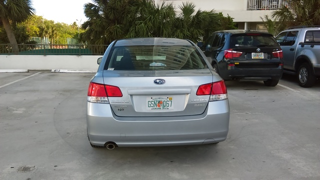Picture of 2012 Subaru Legacy 2.5i