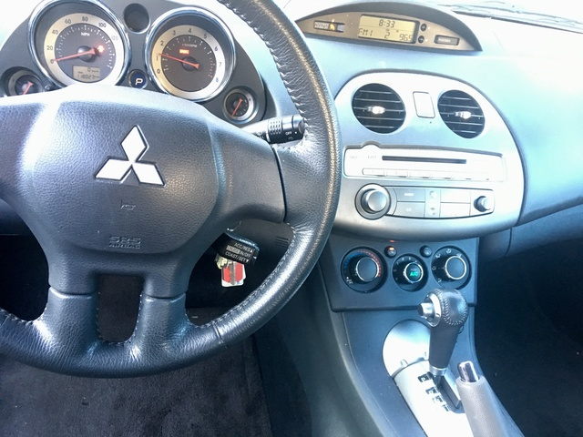 Picture of 2012 Mitsubishi Eclipse SE, interior, gallery_worthy