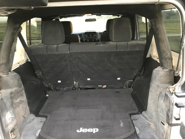 Jeep Mojave Interior