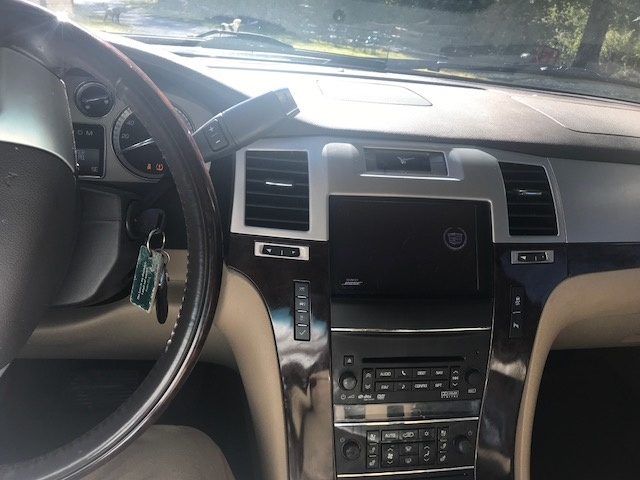 Picture of 2013 Cadillac Escalade EXT Premium, interior, gallery_worthy