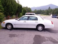 Picture of 2002 Lincoln Town Car Executive L, exterior, gallery_worthy