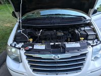 Picture of 2006 Chrysler Town & Country Limited, engine, gallery_worthy