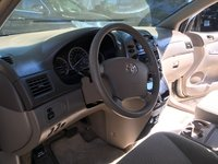 Picture of 2010 Toyota Sienna CE, interior, gallery_worthy