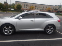2010 Toyota Venza Picture Gallery