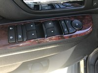 Picture of 2010 Cadillac Escalade EXT Luxury 4WD, interior, gallery_worthy