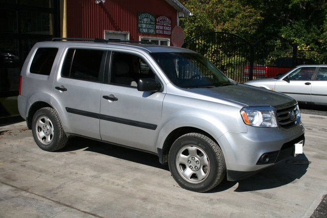 Picture of 2012 Honda Pilot LX 4WD