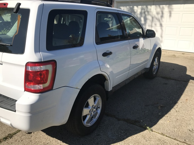 Picture of 2009 Ford Escape XLS