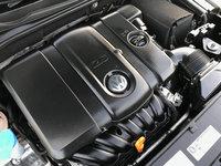 Picture of 2012 Volkswagen Passat SE PZEV w/ Sunroof, engine, gallery_worthy