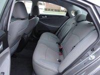 Picture of 2014 Hyundai Sonata SE, interior, gallery_worthy