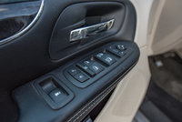 Picture of 2014 Chrysler Town & Country Touring, interior, gallery_worthy