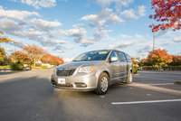 Picture of 2014 Chrysler Town & Country Touring, exterior, gallery_worthy