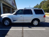 Picture of 2014 Lincoln Navigator Base, exterior, gallery_worthy
