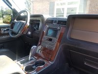 Picture of 2014 Lincoln Navigator Base, interior, gallery_worthy