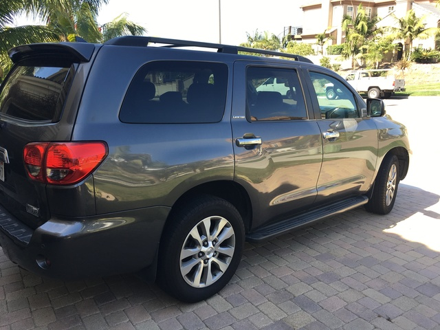 Picture of 2011 Toyota Sequoia Limited