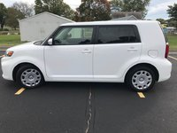 Picture of 2015 Scion xB 5-Door, exterior, gallery_worthy