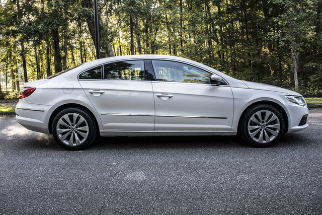 Picture of 2011 Volkswagen CC Luxury Limited