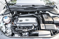 Picture of 2011 Volkswagen CC Luxury Limited, engine, gallery_worthy