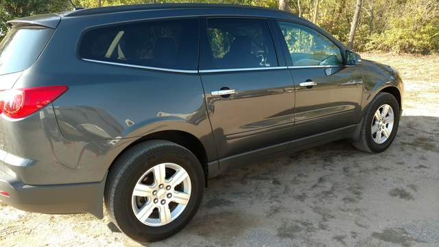 Picture of 2011 Chevrolet Traverse LT2 AWD